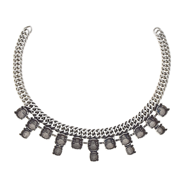 29ss, 39ss on Double curb chain Centerpiece for necklace