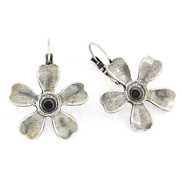 39ss Flower with 5 petals Lever back Earring base