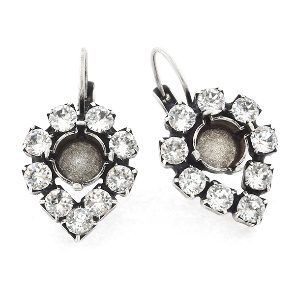 39ss with 32pp Rhinestones Pear shaped Lever back Earring base