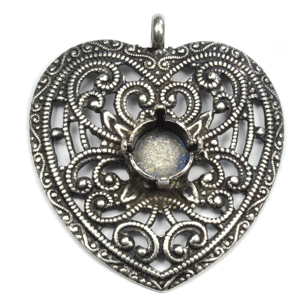 Vintage Heart pendant base with 39ss setting