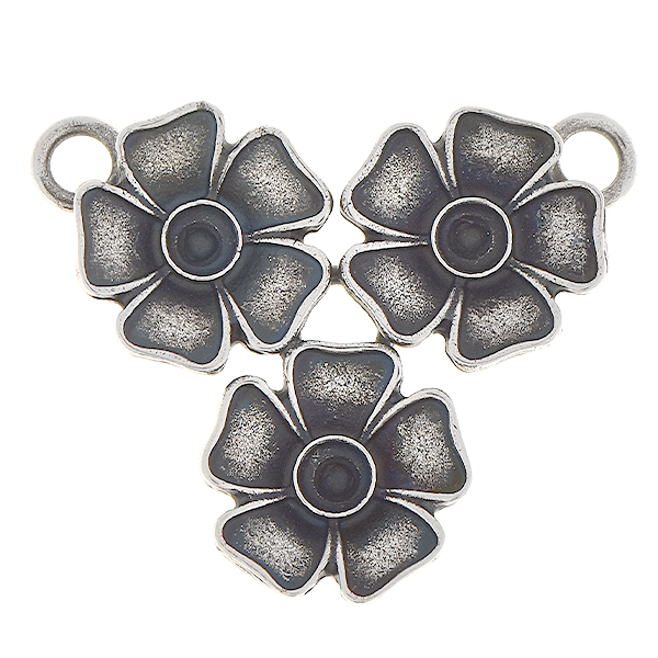 24pp Metal flower inverted triangle pendant base with two loops