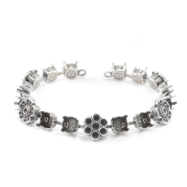 8pp, 14pp,18pp and 29ss Bracelet base with flower elements -17settings