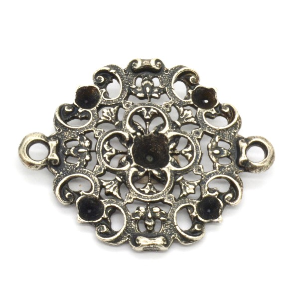 24pp, 24ss Vintage filigree flower pendant/connector with 2 side loops