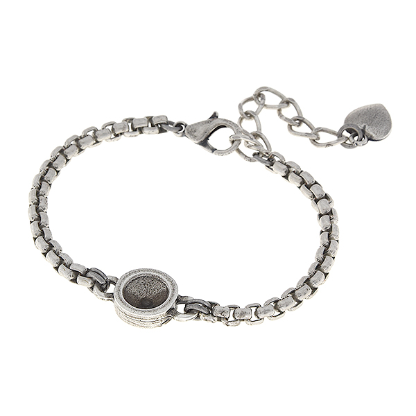 39ss metal casting setting on 4mm round box chain almost finished bracelet