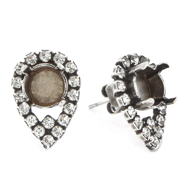 39ss with 14pp Rhinestones Pear shaped Stud Earring base