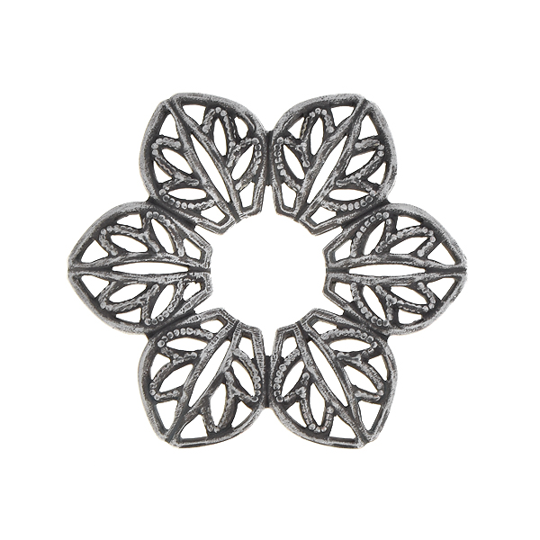22mm Stamping metal filigree flower with hole in the center - 4 pcs pack
