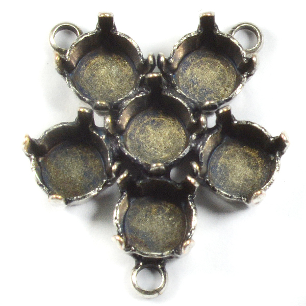 29ss Flower pendant base with 2 top loops and 1 bottom loop for V chain