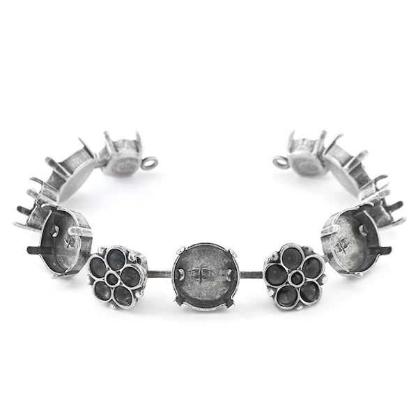14pp, 24pp, 39ss, 12mm Rivoli Cup chain Bracelet base with Flower elements