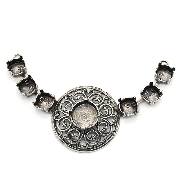 39ss and Rivoli 12mm Central piece for necklace