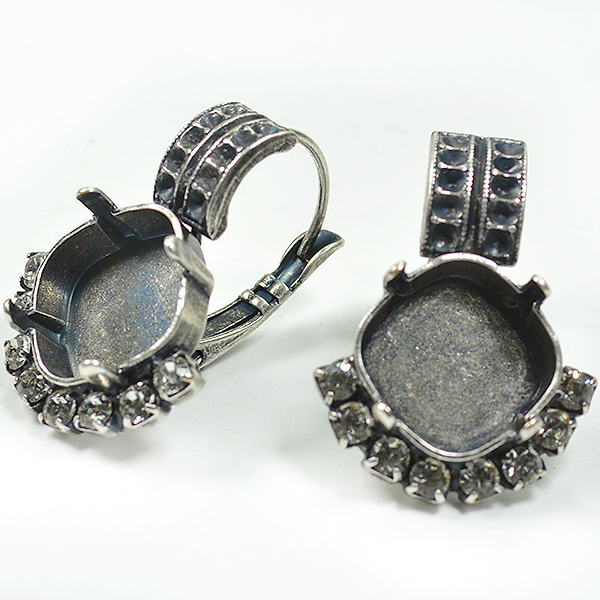 8pp, 12x12mm Square Lever back Earring base with Rhinestones
