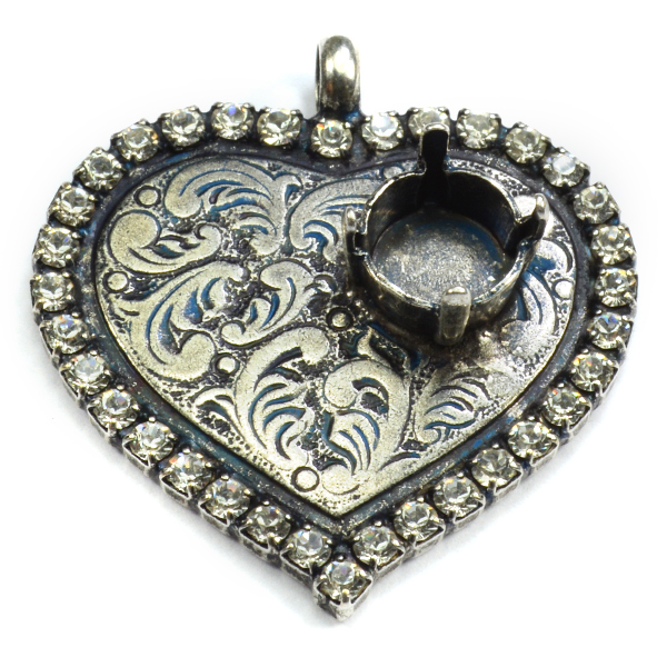 Decorated Vintage Heart shaped pendant base with 39ss settings and Rhinestoness
