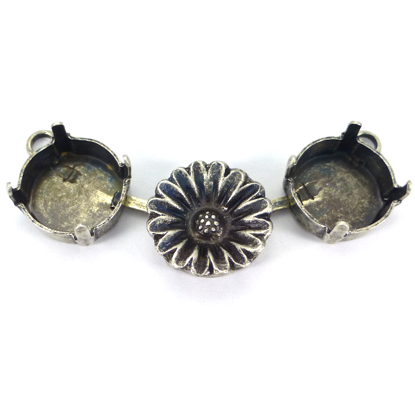 12mm Rivoli connector for necklace with flower element