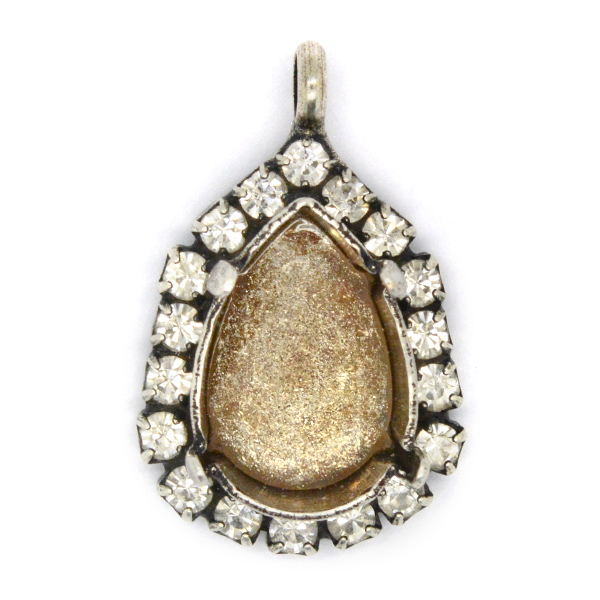 14x10mm Pear shape stone setting with Rhinestones and top loop