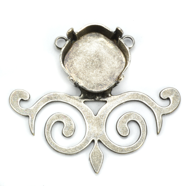 Square 12-12mm pendant base with decorated element
