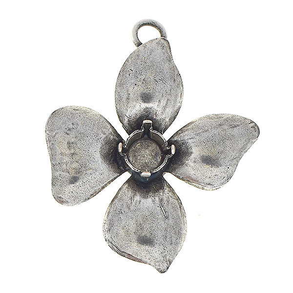 29ss Flower with four petals pendant base with one top loop