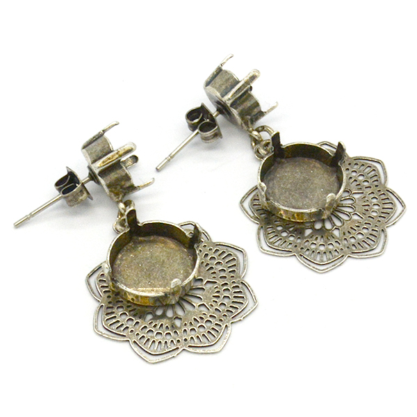 Decorated flower 39ss and Rivoli 12mm Laser Cut earring bases