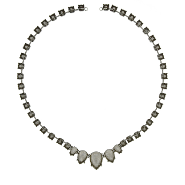 Pear shape stone settings on 29ss Cup Chain Necklace base