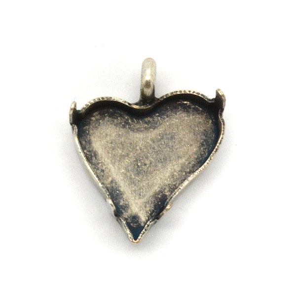 17X15.5mm Sweet Heart Fancy Stone setting with   One top loop