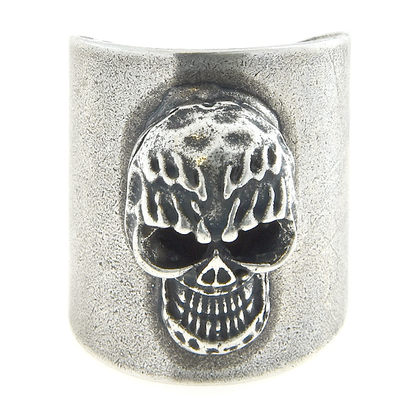 Wide ring base with metal casting skull