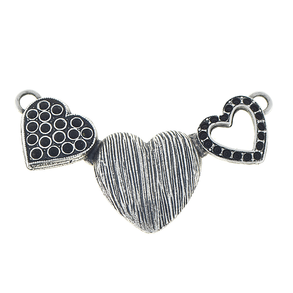 8pp Three hearts pendant base with two loops