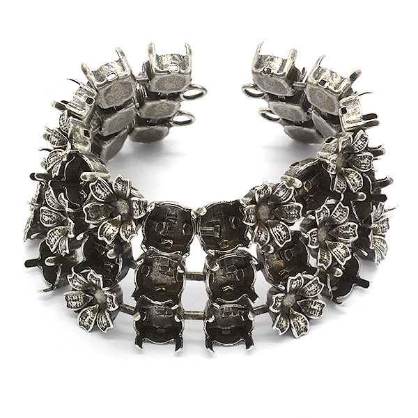 39ss with Flowers 3 rows Bracelet Base