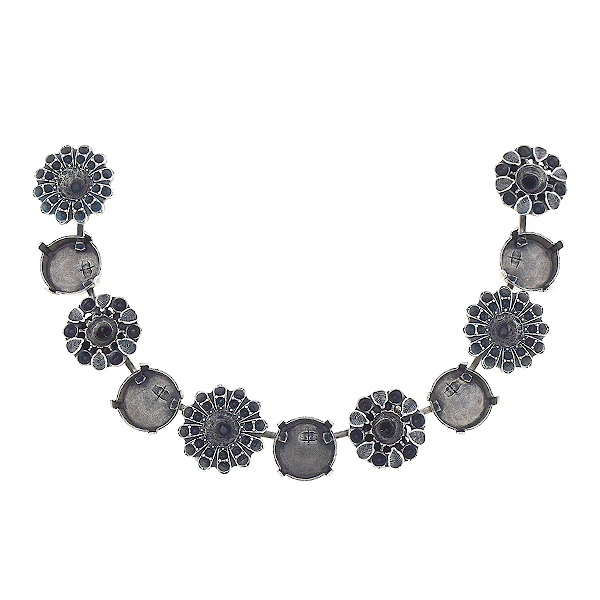 8pp, 14pp, 24ss, 29ss, 12mm Rivoli Centerpiece for necklace with flowers