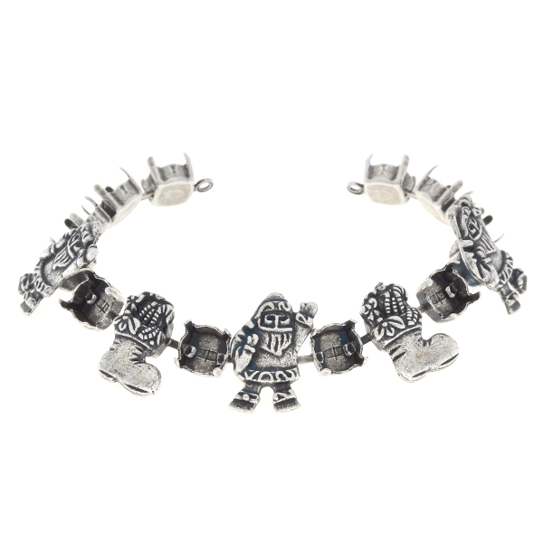 39ss Cup chain bracelet base with Santa and Christmas socks