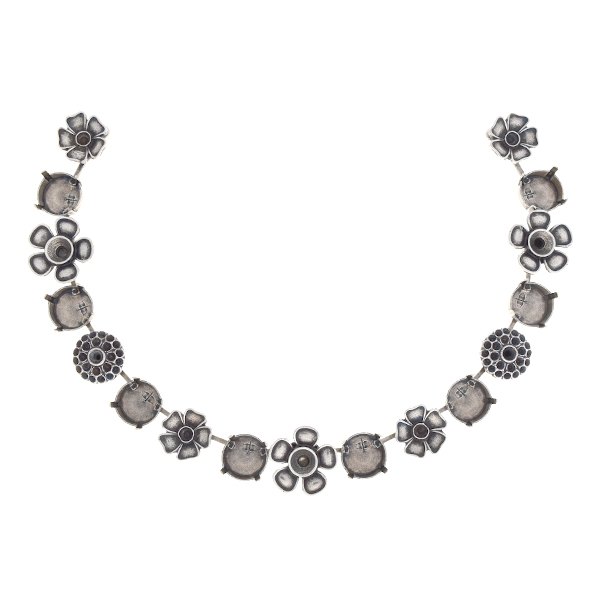 14pp, 24pp, 29ss, 12mm Rivoli Centerpiece for Necklace with flowers