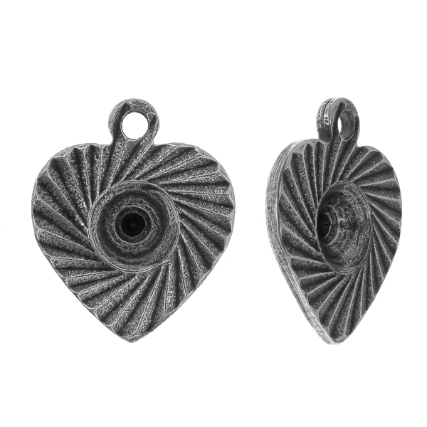 29ss engraved heart charm with top loop Pendant/Charm base