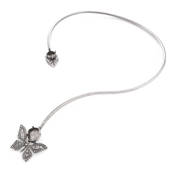 39ss, 12x12mm Square Open metal choker with Leaf and Butterfly