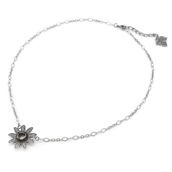 39ss almost finished necklace with aster metal flower pendant