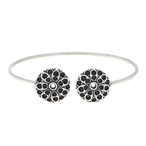 14pp, 18pp Open bangle bracelet base with round flowers