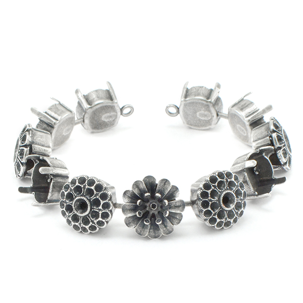 29ss, 47ss Bracelet base with flower elements - 11 settings