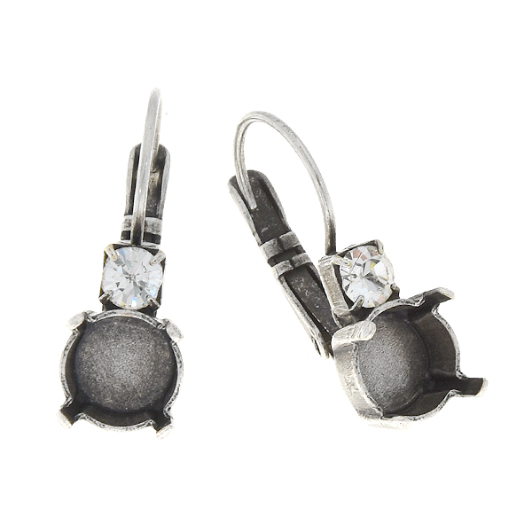 39ss Lever back Earrings settings with 32pp Crystals