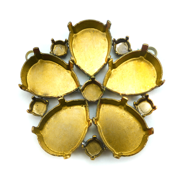 Flower pendant base with 2 top side loops
