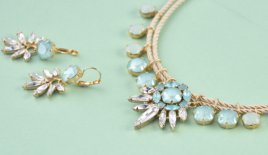 DIY Mint green SW crystal necklace