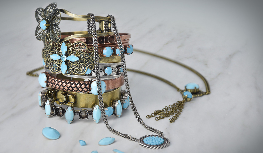 Casual ethnic turquoise jewelry inspiration