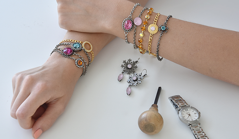 Choose your bracelet for the day
