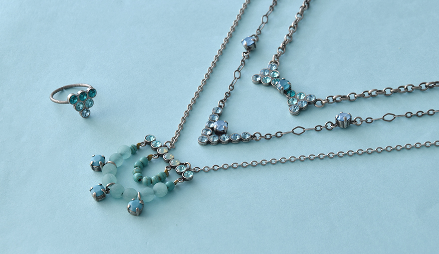 Gita's new 32pp bases collection makes a beautiful jewelry for every occasion