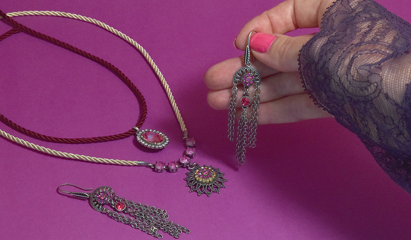 Making your own Vintage style jewelry