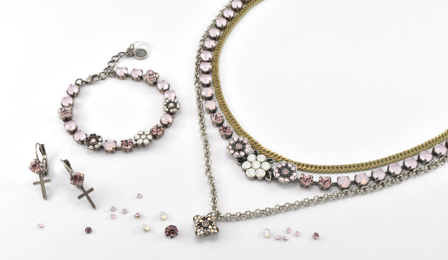 Delicate Rose flowers jewelry inspiration