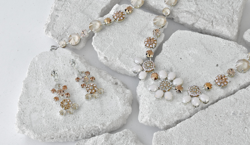 Glamour's jewelry inspiration with ivory cream & rose gold colors