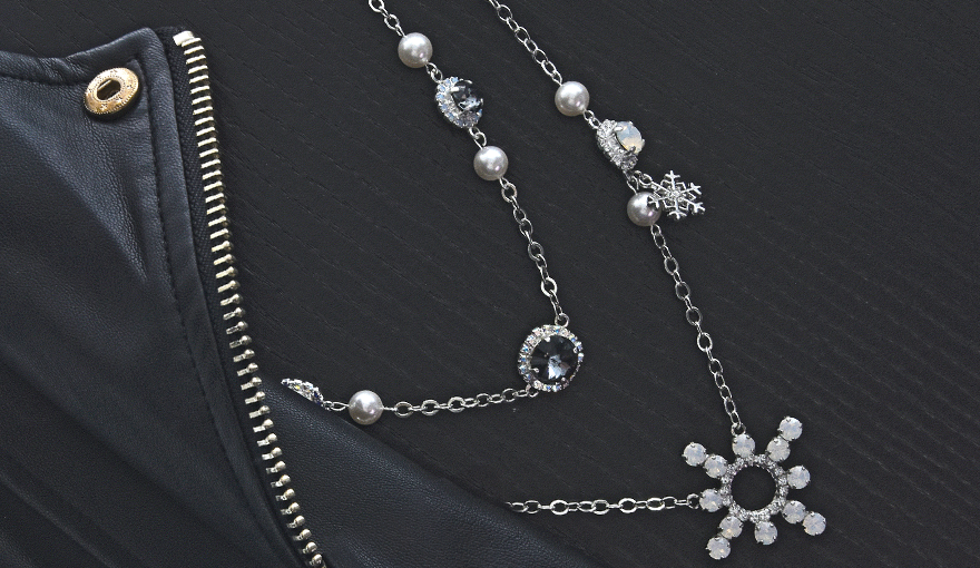 Black crystals & white pearls jewelry in a classic winter look